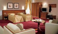 Хотелски гардероб италиански