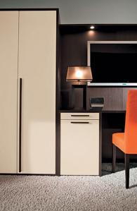 Луксозен гардероб за хотел - италиански