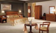 Маса за хотелска стая - италианско производство